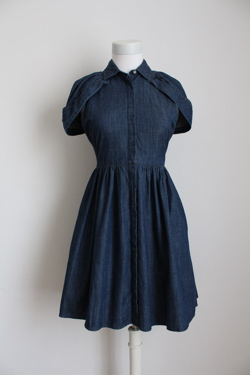 LEVI'S JEANS BLUE DENIM DRESS - SIZE 6