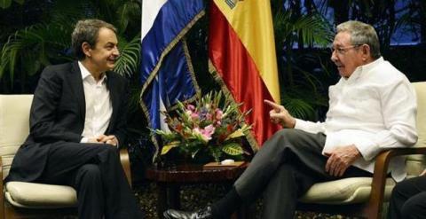 Zapatero y Raúl Castro durante su reunión en La Habana. / FOTO: Granma.