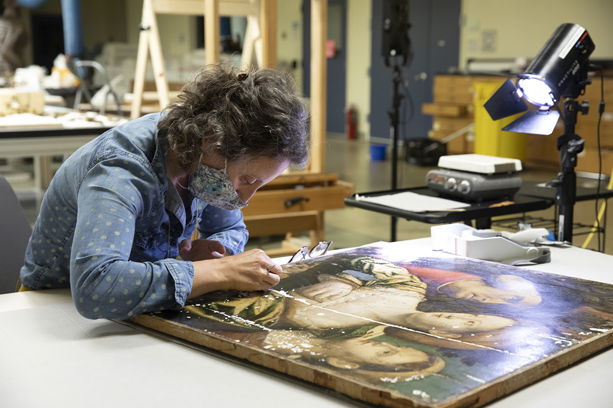 Senior Conservator of PaintingsIrma Passeri in the Institute forthe Preservation of Cultural Heritage shared Conservation Lab in theCollection Studies Centerat Yale West Campus
