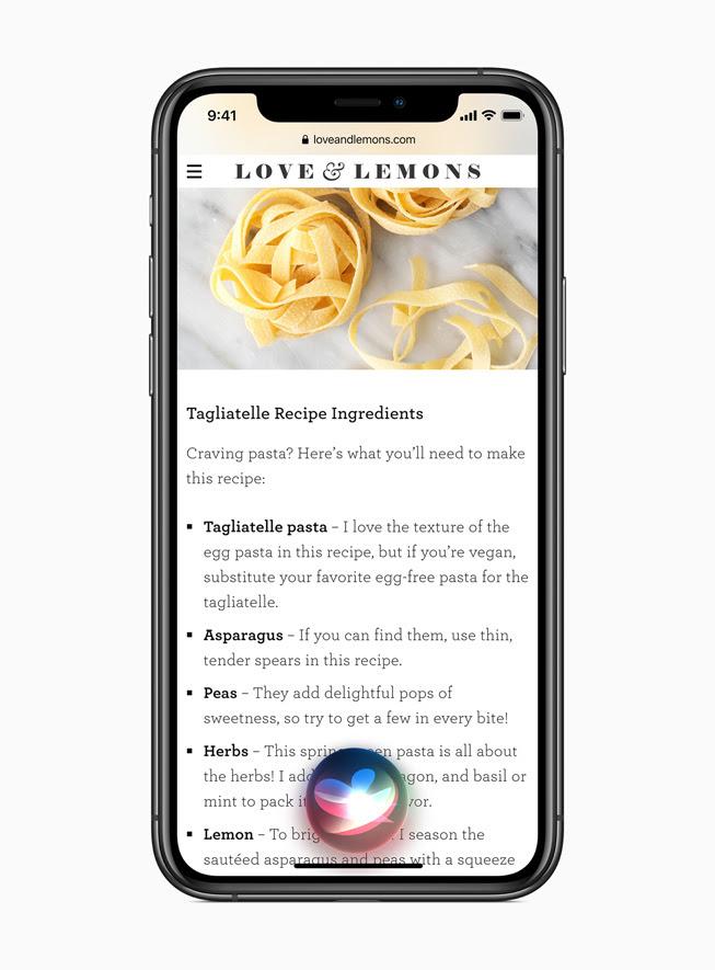 iPhone 11 Pro上顯示 iOS 14 的 Siri體驗。
