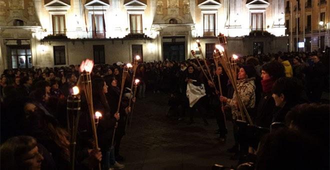 Marcha feminista 'Reclama las calles y la noche', celebrada en Madrid. / FERMÍN GRODIRA