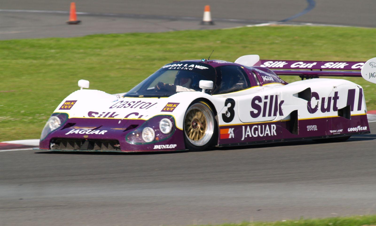 Jaguar Xjr...enfin !?... Jaguar_XJR12