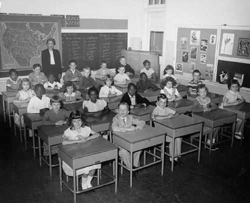 1950s_classroom