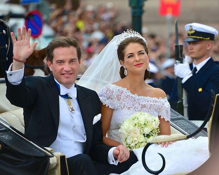 文件:Prinsessan馬德琳和克里斯托弗·奧尼爾efterbröllopet.jpg