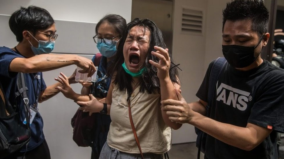 Hong Kong: US passes sanctions as nations condemn new law