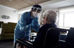 La pandemia dispara las muertes de dependientes hasta casi cuadruplicarlas en Madrid y Castilla-La Mancha