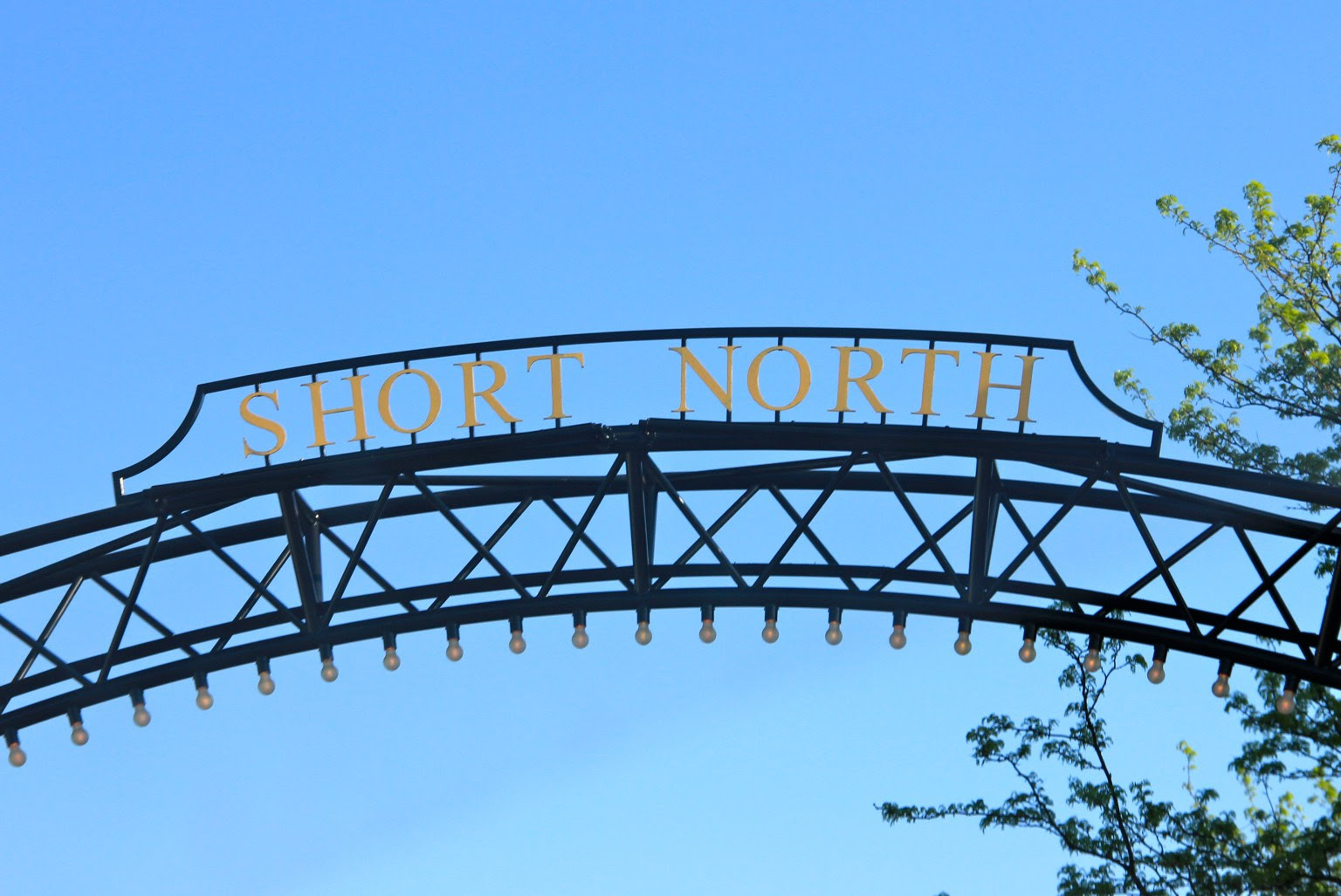 Short North sign | girl about columbus