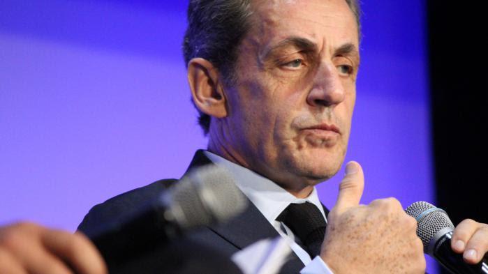 """VIDEO. Nicolas Sarkozy ne """"reculera"""" pas, """"même devant la trahison"""""""
