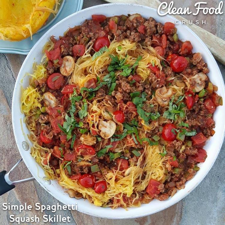 simple spaghetti squash skillet recipe http://cleanfoodcrush.com/spaghetti-squash-skillet/