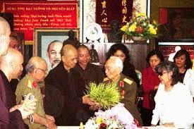Image result for Pictures Nhất Hạnh gặp ĐT Võ Nguyên Giáp
