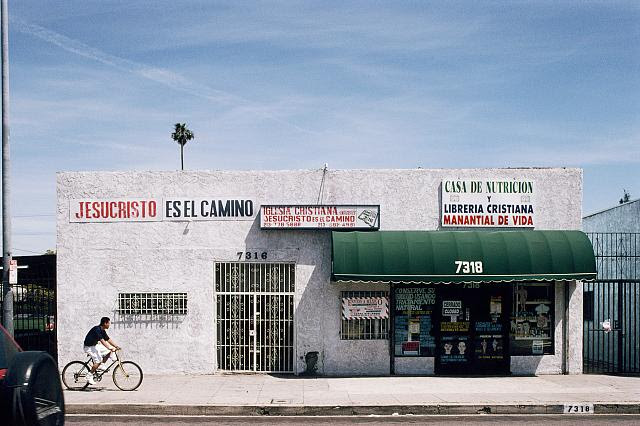 7316 South Broadway, LA, 2000