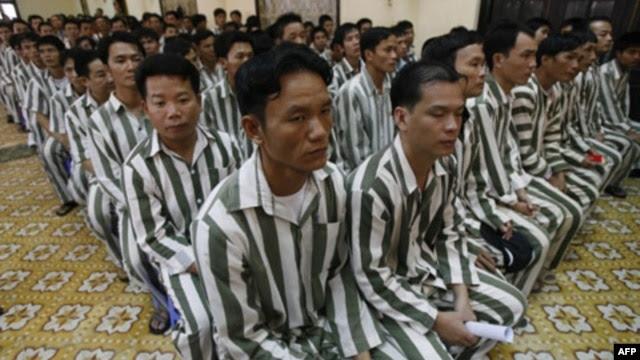 Việt Nam hôm 28/8 loan báo sẽ trả tự do cho hơn 18.200 tù nhân, bắt đầu từ thứ Hai tuần tới.