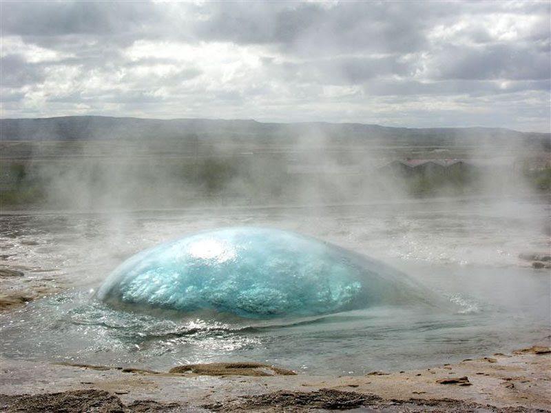 Pre geyser<br>                                                          eruption