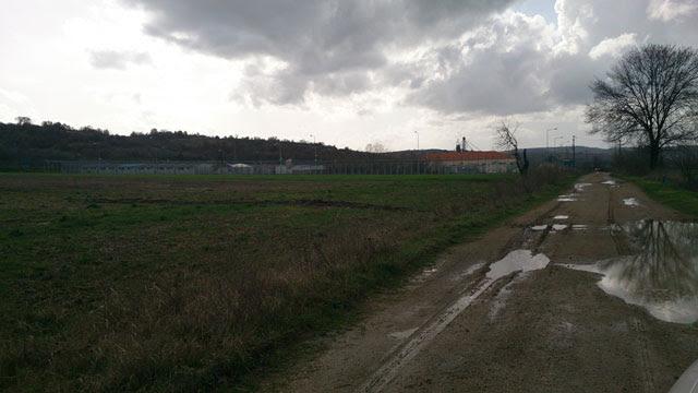 El centro de internamiento de Filakio dispone solo de seis celdas, donde viven hacinadas más de 300 personas.