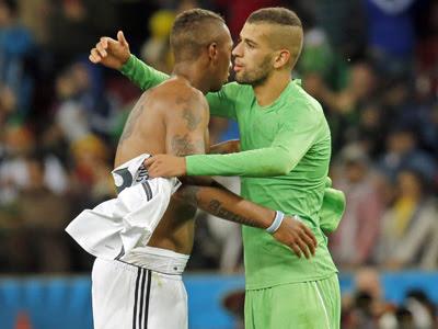 Slimani al término del encuentro disputado entre Alemania y Argelia