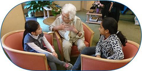 El aprendizaje intergeneracional en los colegios