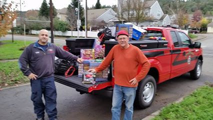 Geyserville Fire Toy Drive_Hilary Marckx