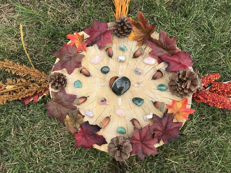 Crystal Grid for Gratitude by Jenn Lynn