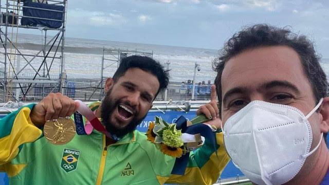 Repórter da Globo chora com ouro de Italo e ganha apoio na internet