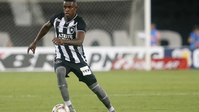 Marcelo Benevenuto critica atuação do Botafogo em derrota: 'Ridícula'