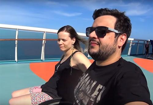 Fernanda Fontenele e Felipe Costa em um Cruzerio Acessível no Haiti