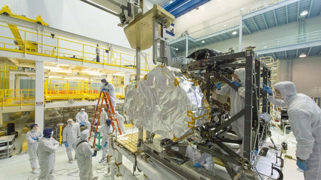 Telescópio espacial conclui testes antes de rumar à base de lançamento