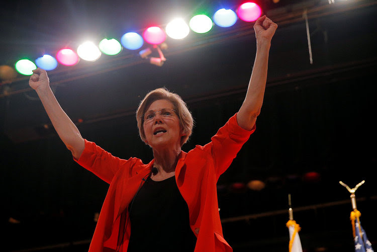 Sen. Elizabeth Warren (D-Mass.) holds a town hall meeting in Revere, Mass.(Brian Snyder/Reuters)