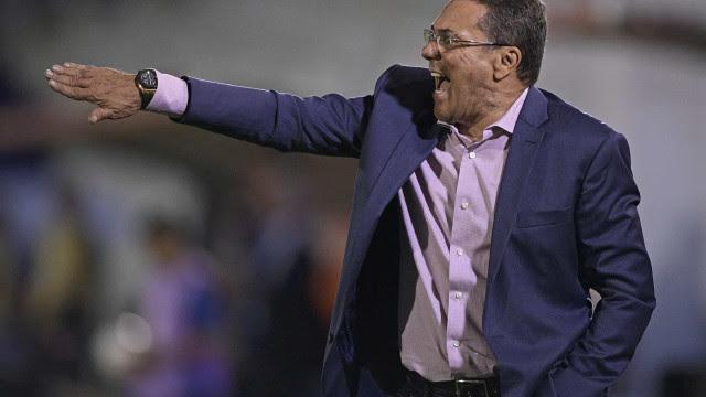 Terceira derrota consecutiva pesa, e Palmeiras demite Luxemburgo