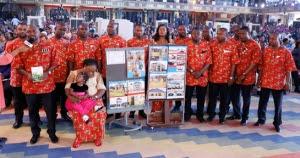 MR TONYEKIRI BIEWARI & FAMILY