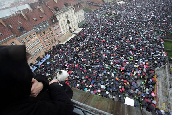 An abortion rights protest in Warsaw in 2016. (Slawomir Kaminski/Agencja Gazeta/Reuters)