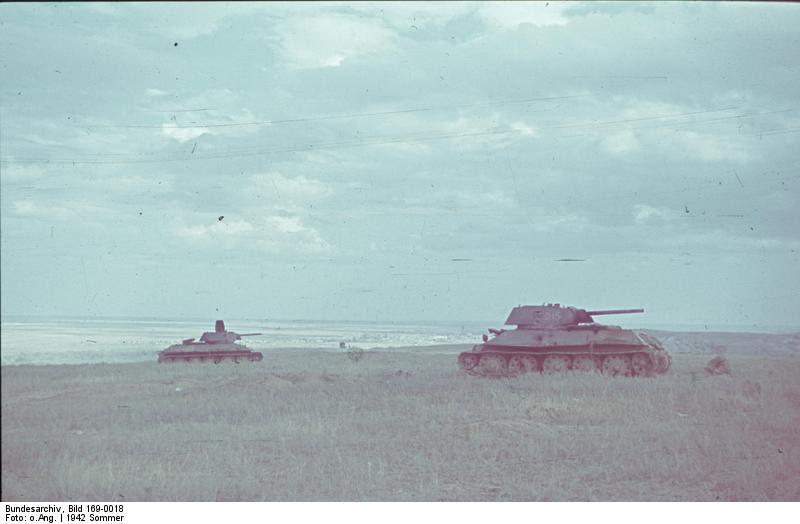File:Bundesarchiv Bild 169-0018, Sowjetischer Panzer T-34.jpg