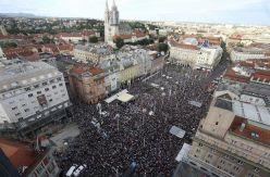 El movimiento por una reforma educativa en Croacia busca las grietas en un sistema conservador que lo bloquea todo
