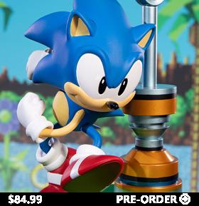 Sonic the Hedgehog Sonic Statue