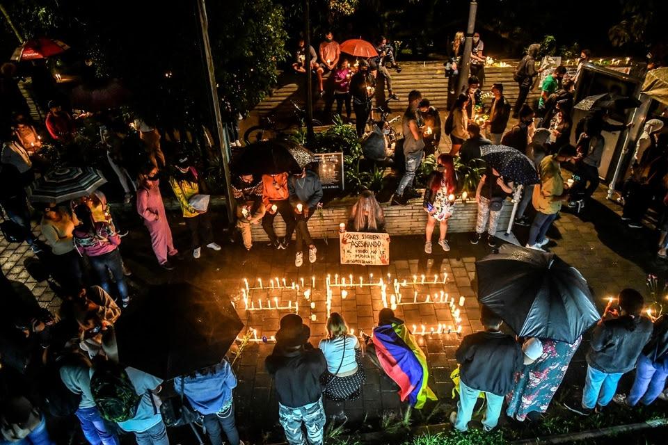 Vigilia y protesta contra el gobierno de Duque en Medellín (Fuente: AFP)