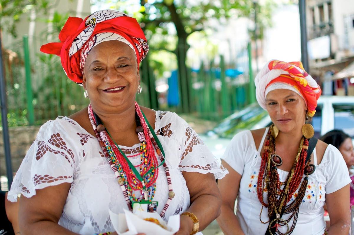 http://chicquero.files.wordpress.com/2012/03/international-womens-day-chicquero-brazil-baiana.jpg?w=1200