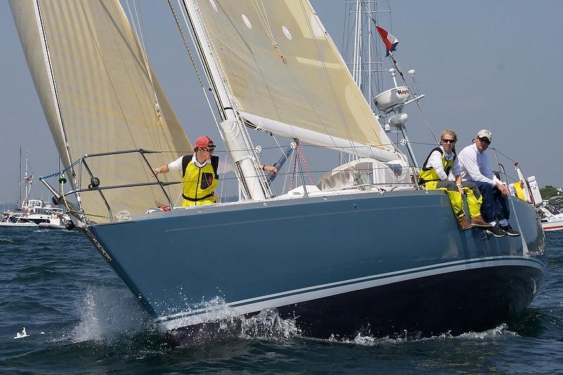 J/42 sailing to Bermuda