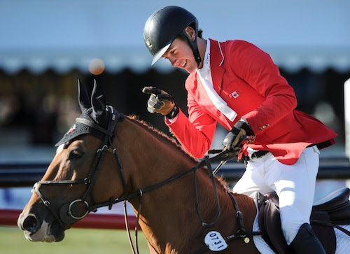 Ben Asselin thanks Makavoy for two clear rounds.