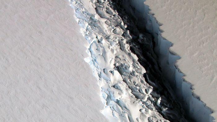 Fissure iceberg Larsen C