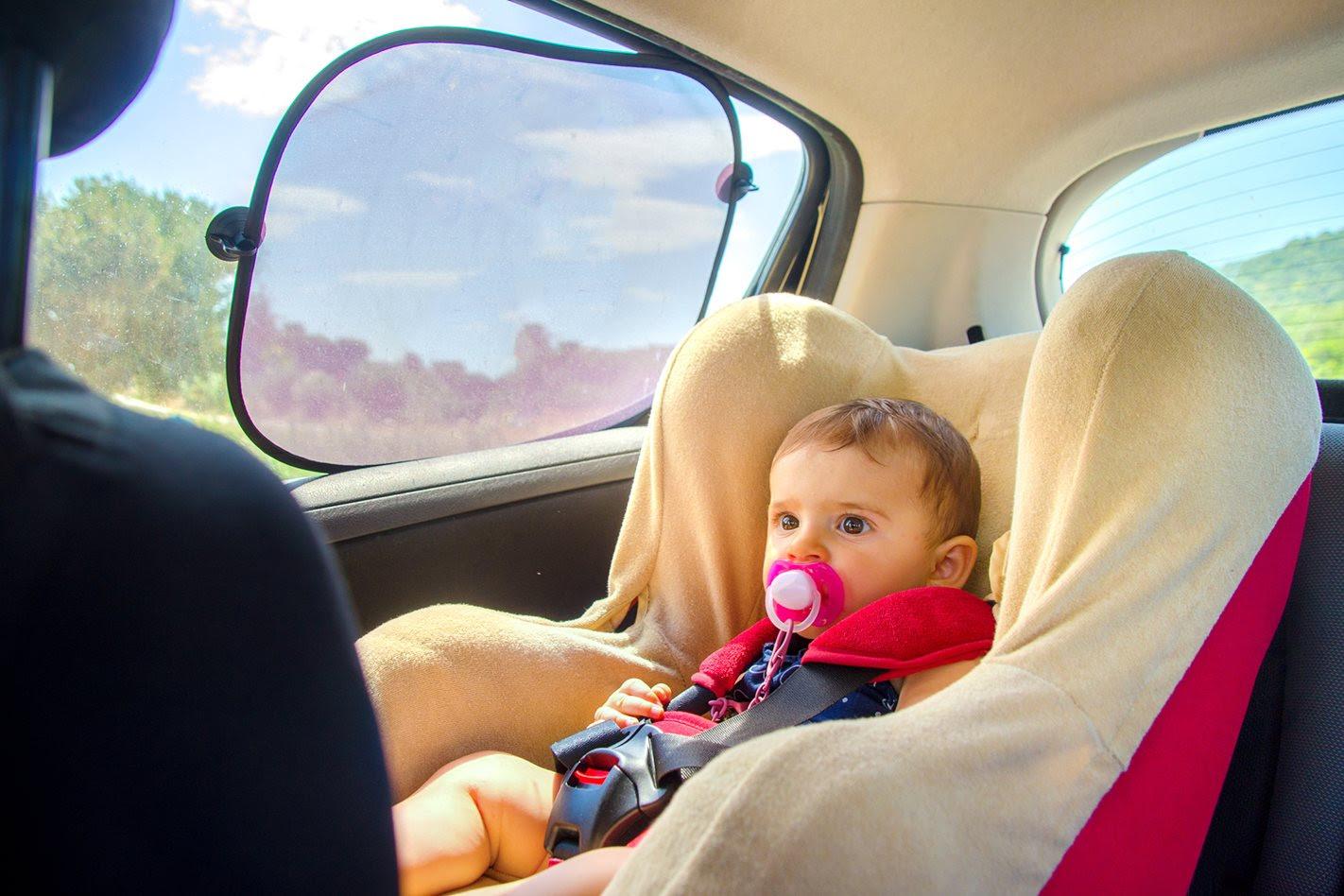 baby seat and sunshade
