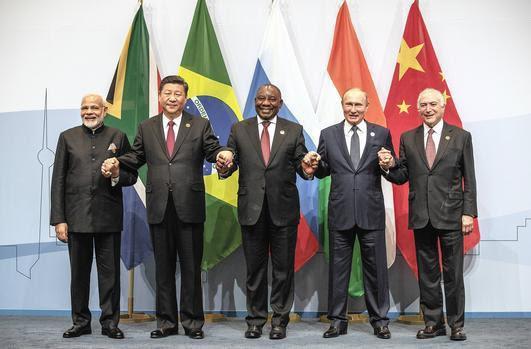 """Donald Trump ra đòn biến ảo khó lÆ°á»ng: Trung Quốc bối rối """"chiến tranh đáp chiến tranh†hay """"đầu hàng""""? - Ảnh 3."""