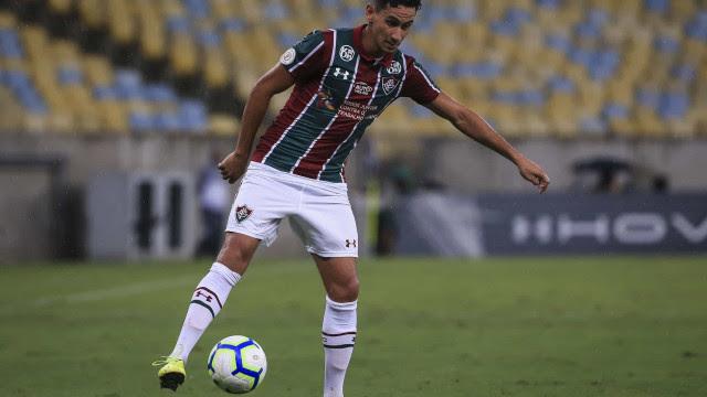 Fluminense vence clássico e tira Flamengo da liderança da Taça Guanabara