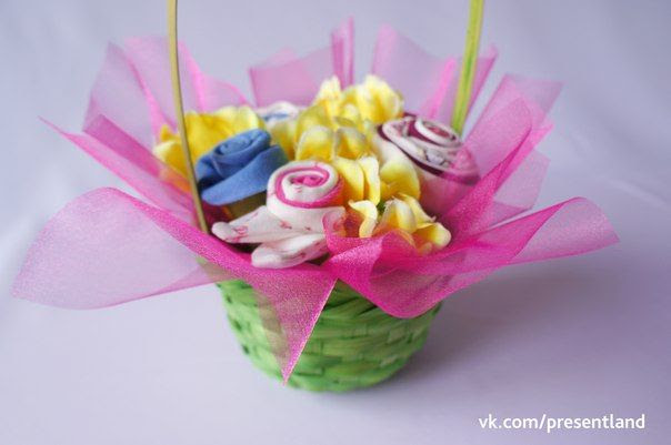 How to DIY  Baby Clothes Flower Bouquet 8