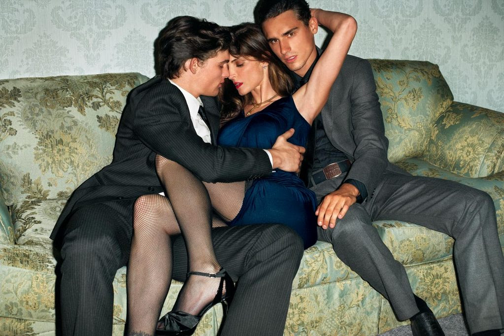 Браки на проститутках тюмень проституток элитное