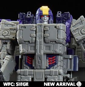 Transformers War for Cybertron: Siege Leader Astrotrain