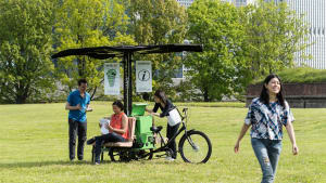 This N.Y.C. Park Is Testing Pop-Up Rest Stops That Deliver Wi-Fi By Bike