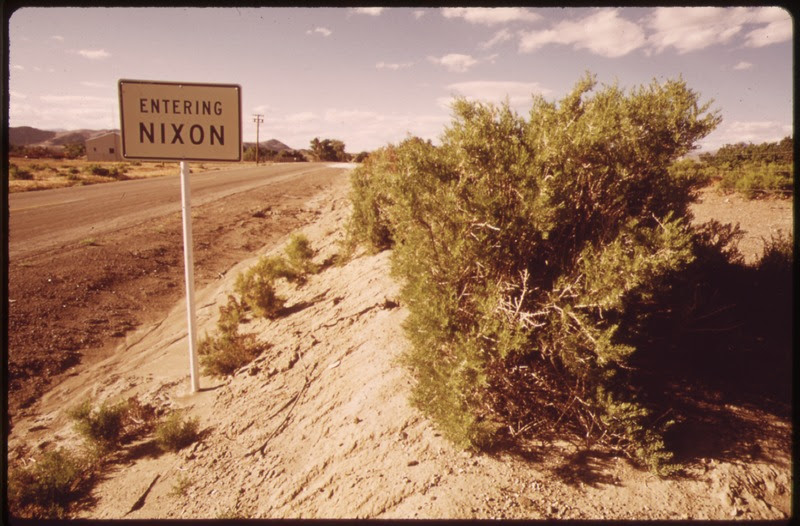 File:NIXON-A SMALL PAIUTE INDIAN SETTLEMENT NEAR THE SOUTH END OF PYRAMID LAKE, ON THE PYRAMID LAKE INDIAN RESERVATION - NARA - 553667.tif