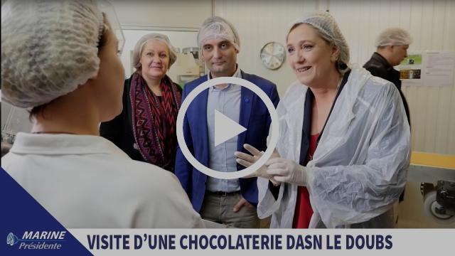 Marine Le Pen visite une chocolaterie à Chalezeule (25) | Marine 2017