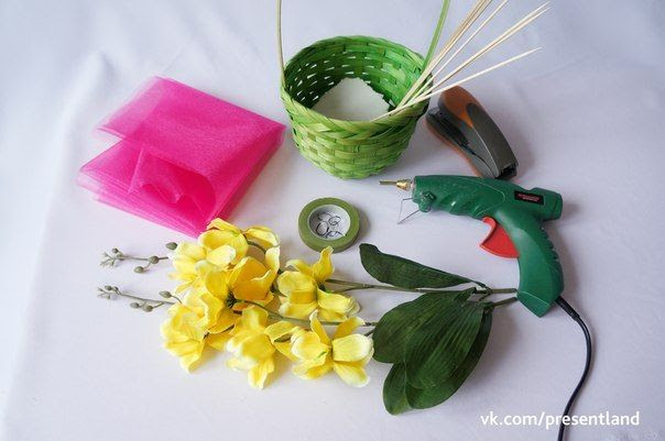 How to DIY  Baby Clothes Flower Bouquet 2