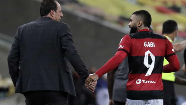 Flamengo goleia La Calera com 2 gols de Gabriel e segue perfeito na Libertadores
