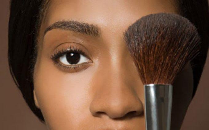 makeup2_page-bg_18705-768x480 (1).jpg